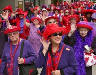 red-hat-society-500x392-400x314